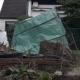 Foliengewächshaus vom Sturm umgeschmissen